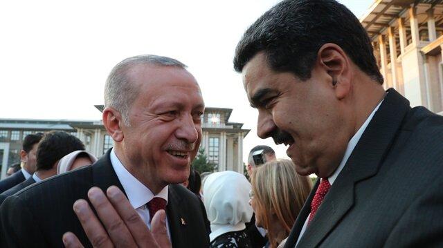 Cumhurbaşkanlığı Göreve Başlama Töreni'nden Başkan Erdoğan ve Venezuela Devlet Başkanı Nicolas Maduro, sohbet etti.