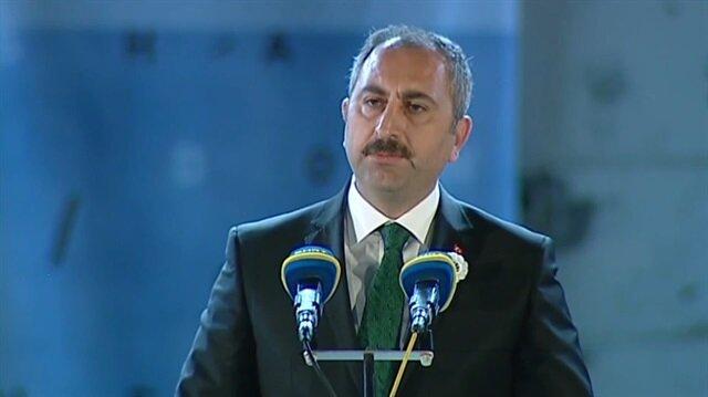 Adalet Bakanı Abdülhamit Gül Srebrenitsa kurbanlarını andı