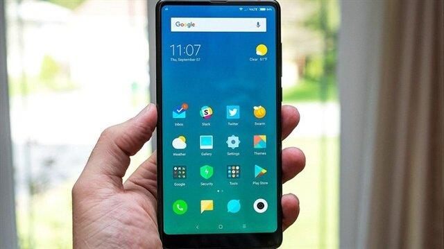 Yeni Xiaomi Mi Mix 2S, DCI-P3 renk gamı destekli ekranı, oldukça canlı bir görünüm sunuyor.