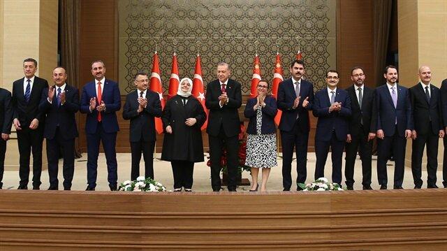 Başkan Erdoğan, yeni kabineyi açıkladıktan sonra bakanlarla ilgili ilk kez açıklamalarda bulundu.