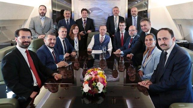 Başkan Erdoğan, Azerbaycan ve KKTC dönüşü uçakta gazetecilere açıklamalarda bulundu.