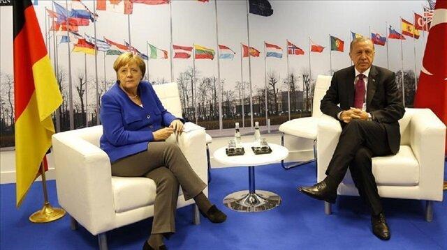 لقاء بين أردوغان وميركل على هامش قمة الناتو ببروكسل