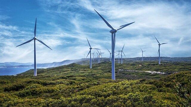 Rüzgar enerjisi yatırımları devam ediyor.