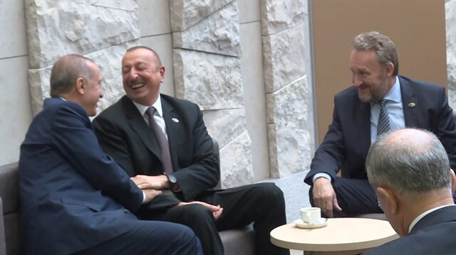 Başkan Erdoğan'ın Aliyev ve İzetbegovic ile samimi sohbeti
