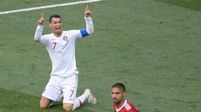 Dünya Kupası'nda futbolcular hakemlere sık sık VAR uyarısında bulunmuşlardı.