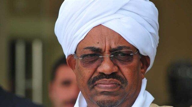 الرئيس السوداني يصدر قرارا جمهوريا بتمديد وقف إطلاق النار بمناطق النزاعات