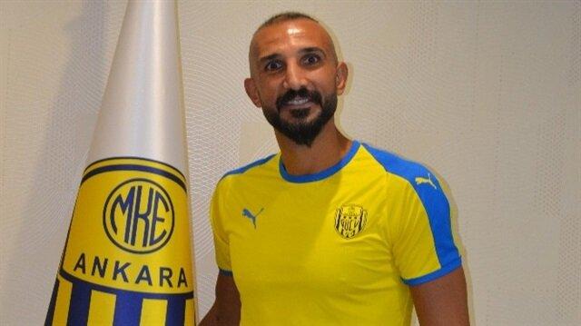 Ayhan başkent ekibiyle imzaladı.