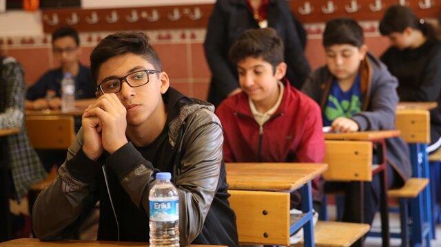 Liselere girişte uygulanan merkezi sınavda öğrenciler ter dökmüştü.
