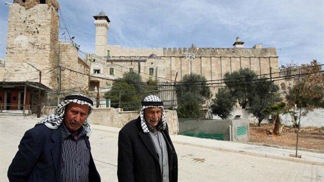 İsrail İbrahim Makamı'nda 298 defa ezanı susturdu!