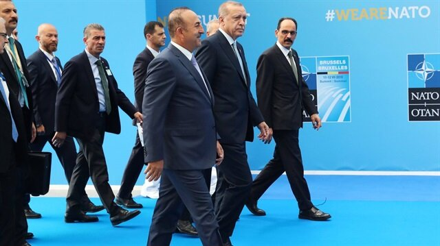 """Başkan Erdoğan, Brüksel'de düzenlenen """"NATO Zirvesi""""nin ikinci gününde de temaslarına devam ediyor."""