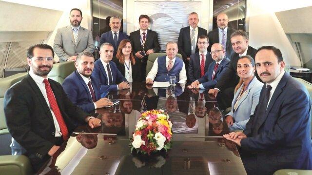 Başkan Recep Tayyip Erdoğan, KKTC ziyareti dönüşü uçakta gazetecilerle sohbet etti.