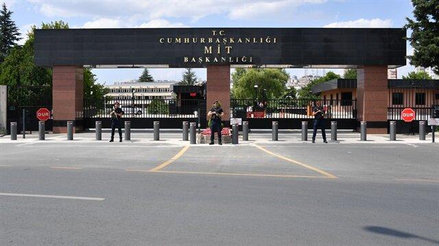MİT'in Ankara'daki merkez binasının dışındaki tabela değiştirildi.
