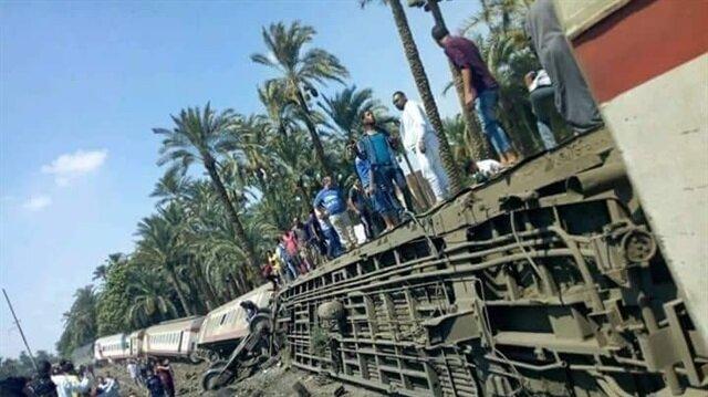 Mısır'da devrilen trene ilişkin henüz resmi bir açıklama yapılmadı