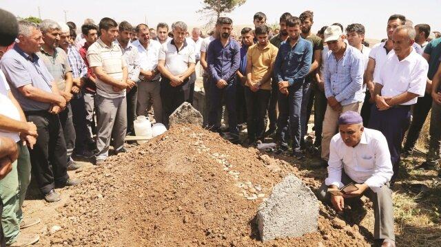 Yusuf Yılmaz'ın cenazesi, Batman'ın Beşiri ilçesinde gözyaşları arasında toprağa verildi.