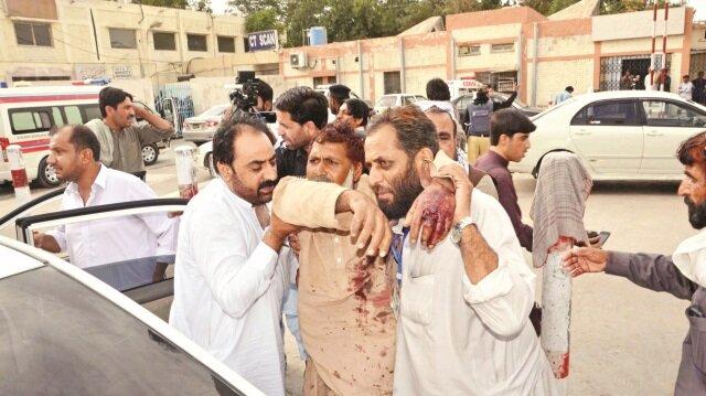Pakistan'da kanlı saldırı: 132 ölü