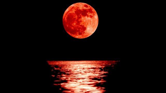 Kanlı ay tutulması Türkiye'de kaçta başlayacak