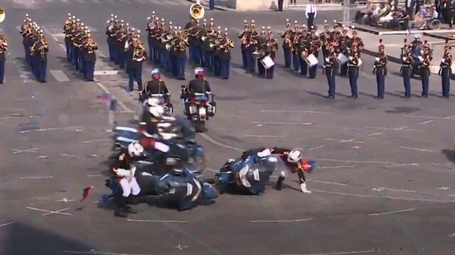 Fransız askerleri böyle rezil oldu