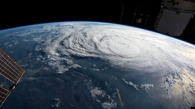 Scientists peer into heart of hurricanes to improve intensity forecast