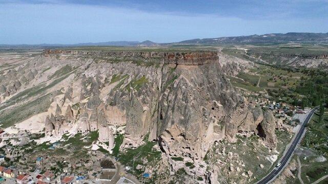 تركيا.. وادي إهلارا يستقطب أكثر من 220 ألف سائحا