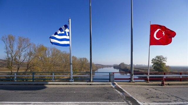 السفير التركي بأثينا يدعون لتسليم الانقلابيين الفارين إلى اليونان