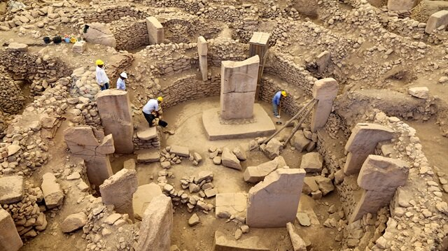 New temples, stones found in Turkey's Göbeklitepe site