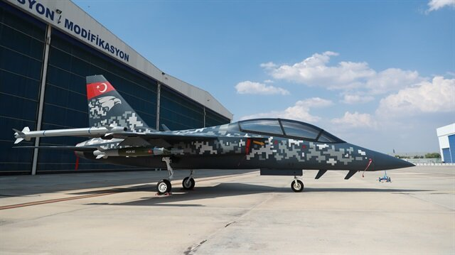 Turkish jet trainer becomes star of Farnborough Airshow