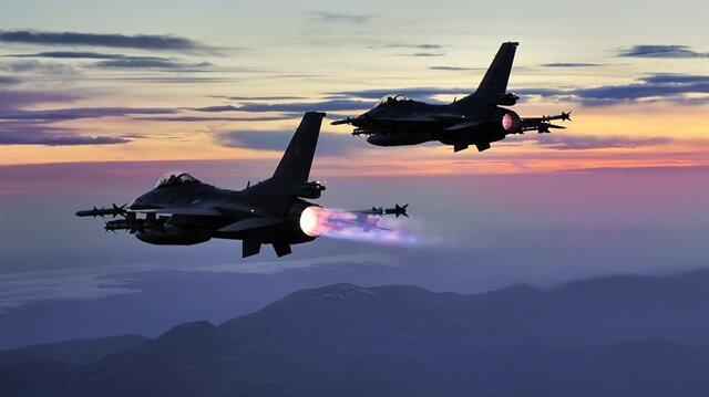TSK Metina'da terör örgütü PKK'ya yönelik hava harekatı düzenledi.
