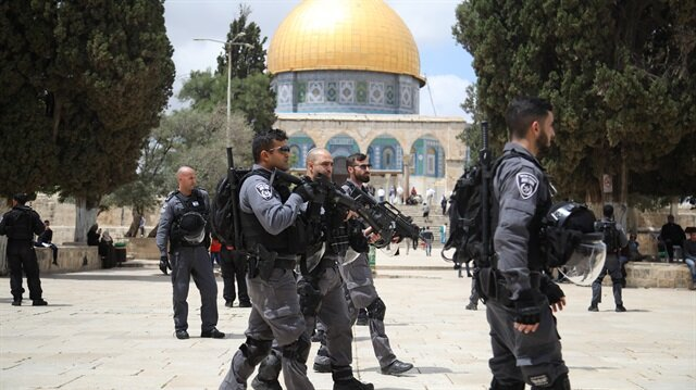 Jewish settlers converge on Al-Aqsa complex: Official
