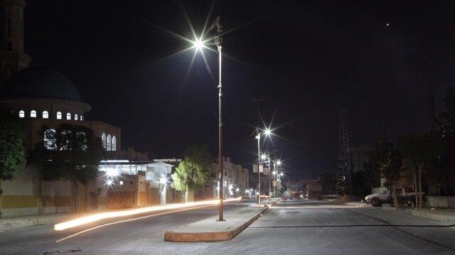 رواج استخدام الطاقة الشمسية لإنارة الشوارع بمنطقة درع الفرات