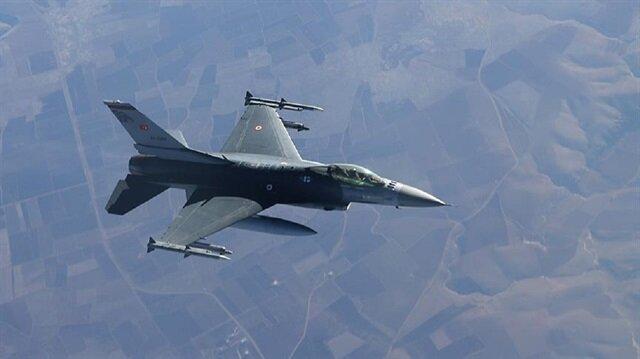 الجيش التركي يدمر مستودع ذخيرة لـ