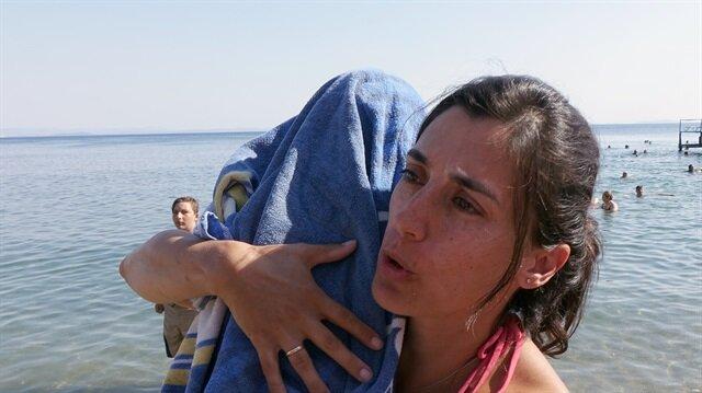 Boğulan çocuğu kalp masajıyla hayata döndürdü