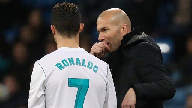 Zidane'ın ardından Ronaldo da Real Madrid'den ayrıldı.