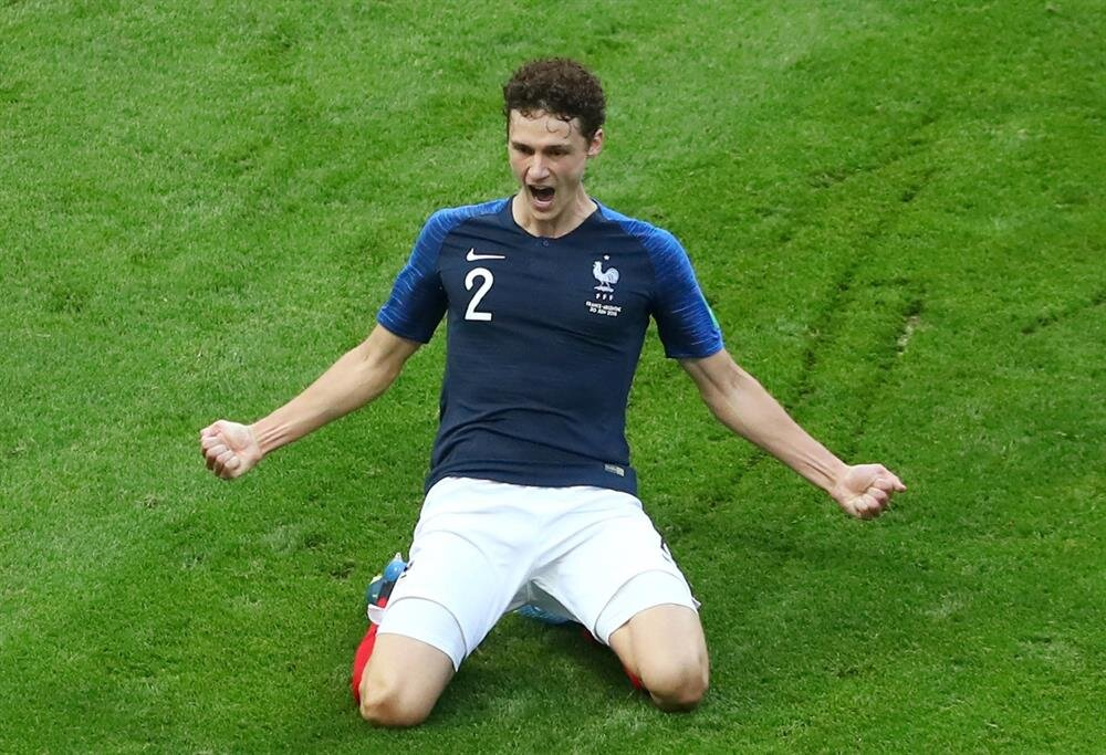 Pavard'ın Arjantin filelerine gönderdiği gol sonrası yaşadığı sevinç.