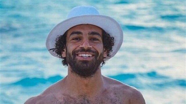 وزارة السياحة بالمالديف تحتفي بـ صلاح وتنشر صوره للدعاية