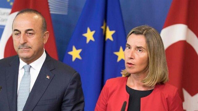 كيف كانت ردّة فعل الاتحاد الأوربي عقب رفع حالة الطوارئ بتركيا؟