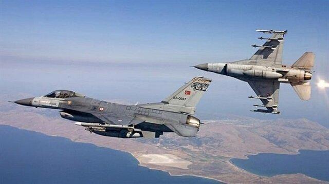 غارات تركية تدمر مواقع لـ بي كا كا شمالي العراق