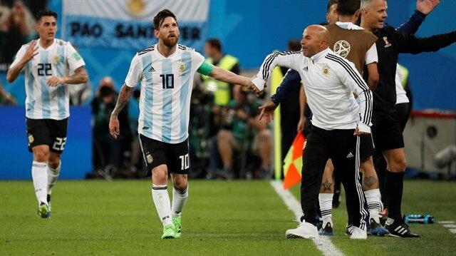 Messi teknik direktör Sampaoli'yi rezil etmiş