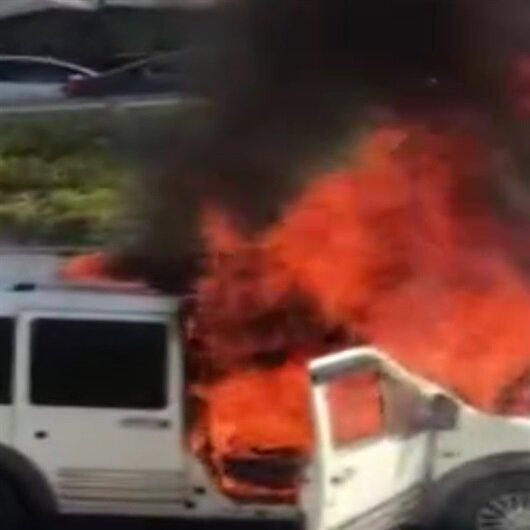 15 dakika önce satın aldığı araba alev alev yandı