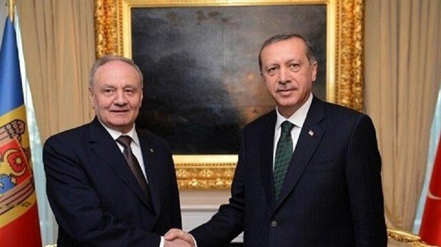 Cumhurbaşkanı Erdoğan Moldovalı mevkidaşı Dodon ile görüştü