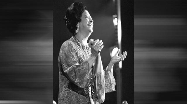 """بعد نصف قرن.. أغاني أم كلثوم تصدح فوق مسارح """"بعلبك"""" اللبنانية"""