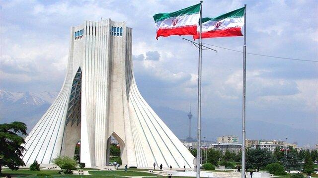 إيران.. رجل دين بارز يشكو تحيّز بلاده ضد السنة