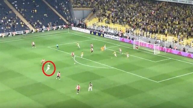 Eljif Elmas'tan Feyenoord'a mükemmel gol