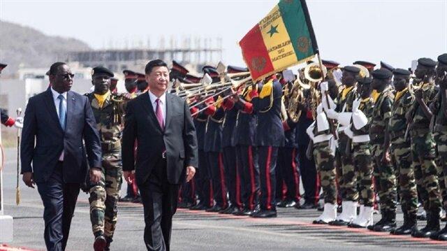 الرئيس الصيني يصل السنغال في مستهل جولته الإفريقية