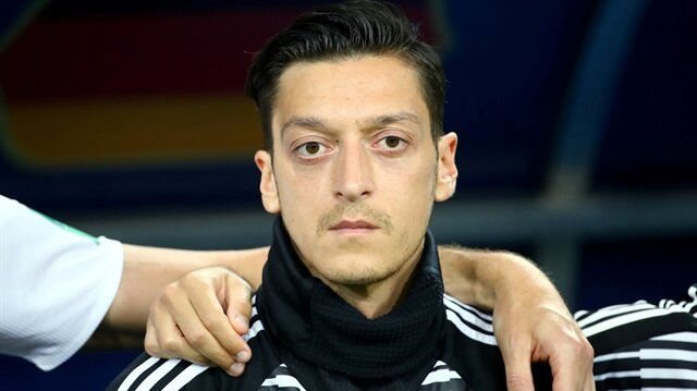 Mesut Özil slams Germany for 'racism and disrespect', quits national team