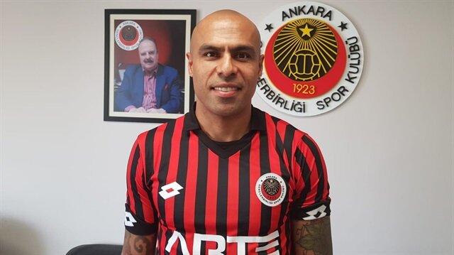 Mert Nobre, Gençlerbirliği ile 1 yıllık sözleşme imzaladı.