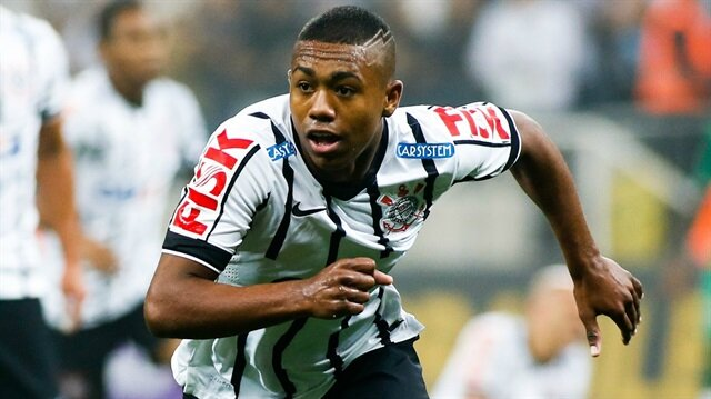 Brezilyalı kanat oyuncusu Malcom Filipe Silva de Oliveira, Fransız kulübü Bordeaux'ta forma giyiyordu
