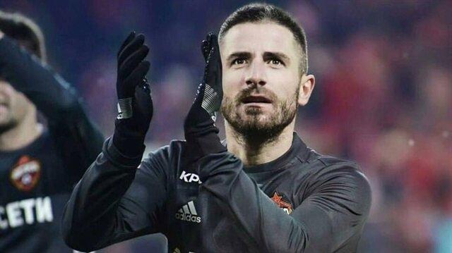 Tosic'in transferi askıya alındı