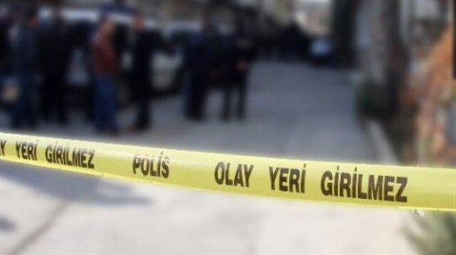 Olayın ardından bölgeye gelen polis ekipleri şahsı gözaltına aldı.