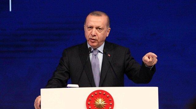 Cumhurbaşkanı Erdoğan'ın BRICS ziyareti sırasında kendisine yöneltilen elektronik para birimi hakkındaki soruları yanıtladı.