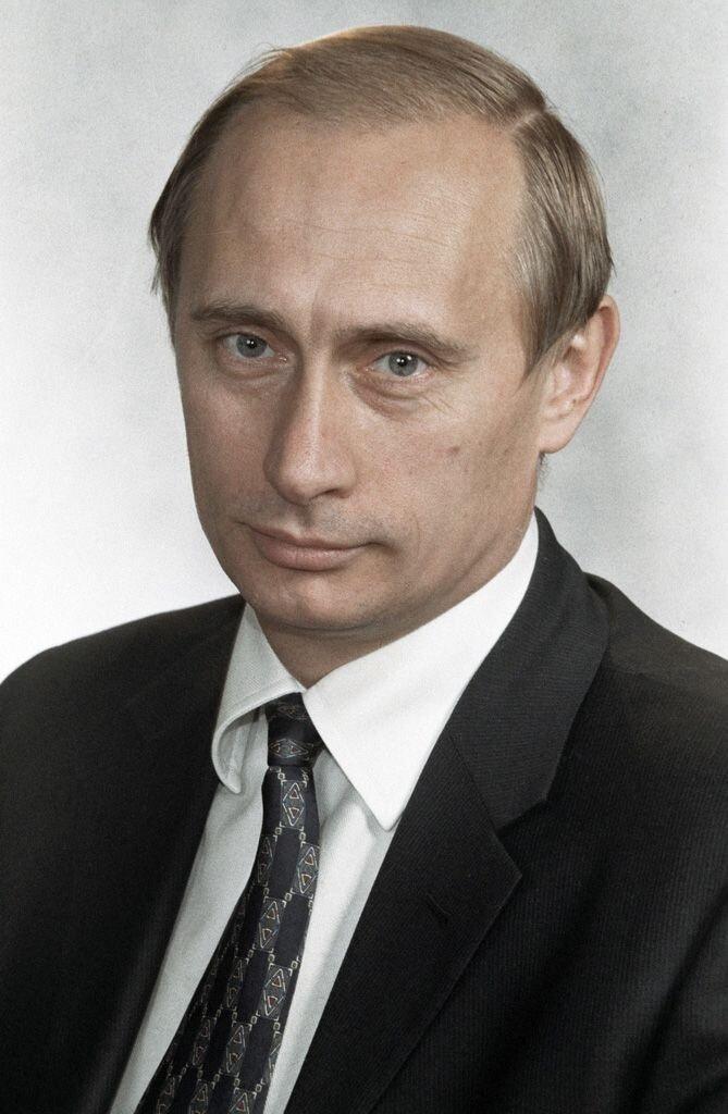 Dönemin Federal Güvenlik Servisi (FSB) Başkanı Vladimir Putin.